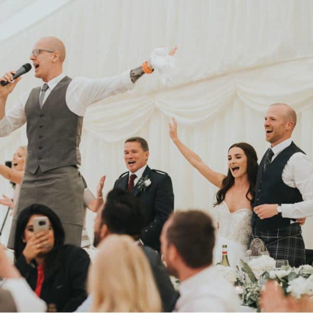 singing waiter singing