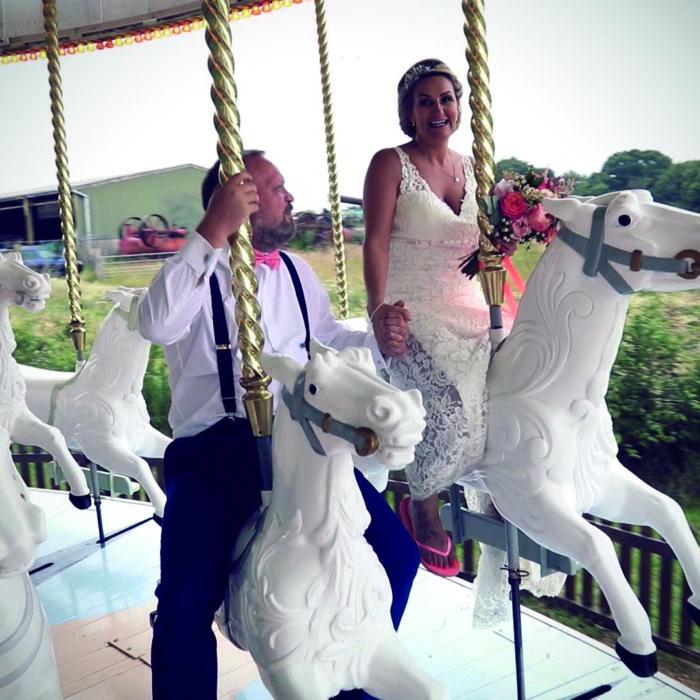 Carousel wedding videography couple